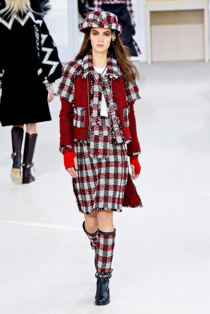 Chanel Fall 2016 All About Following The Trend F Trend