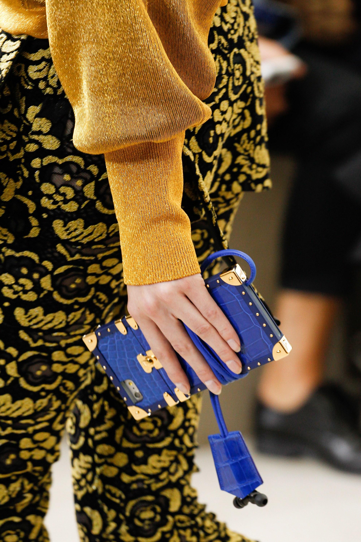 Luxury fashion houses jump into designer iphone mobile - Luxus designer mobel ...