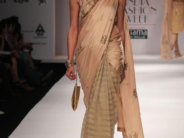FDCI in talk with Nikasha for AIFW Autumn winter 16