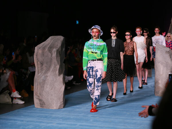 London fashion week 2019 opens its door to the public
